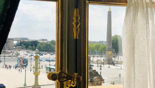 L'HOTEL DE LA MARINE: UN DIMANCHE APRES MIDI