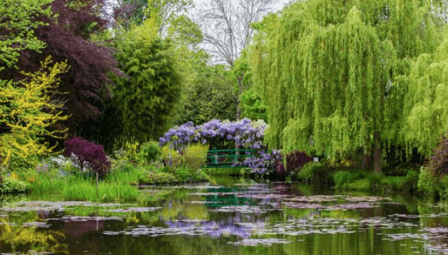 GIVERNY - THE GARDEN OF CLAUDE MONET